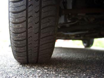 タイヤ写真