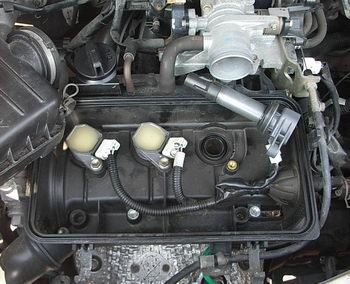 ムーブカスタム L160S プラグキャップ