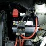 ホンダフィットDIYバッテリー交換