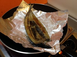 フライパン用ホイルで焼き魚