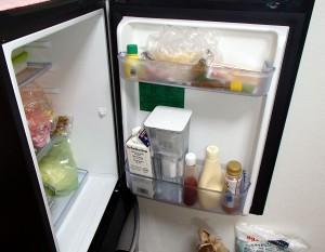 浄水ポットを冷蔵庫に