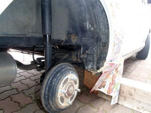 タイヤハウスアンダーコート塗装前
