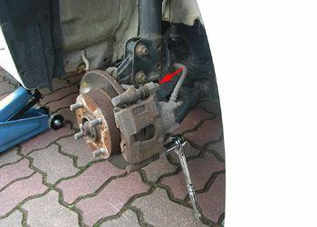 ムーブカスタムL160Sブレーキパッド交換01