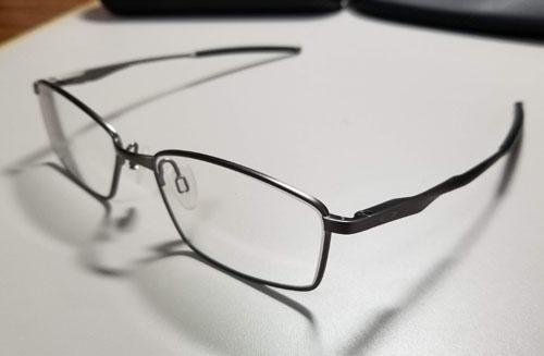 オークリー眼鏡レンズ交換